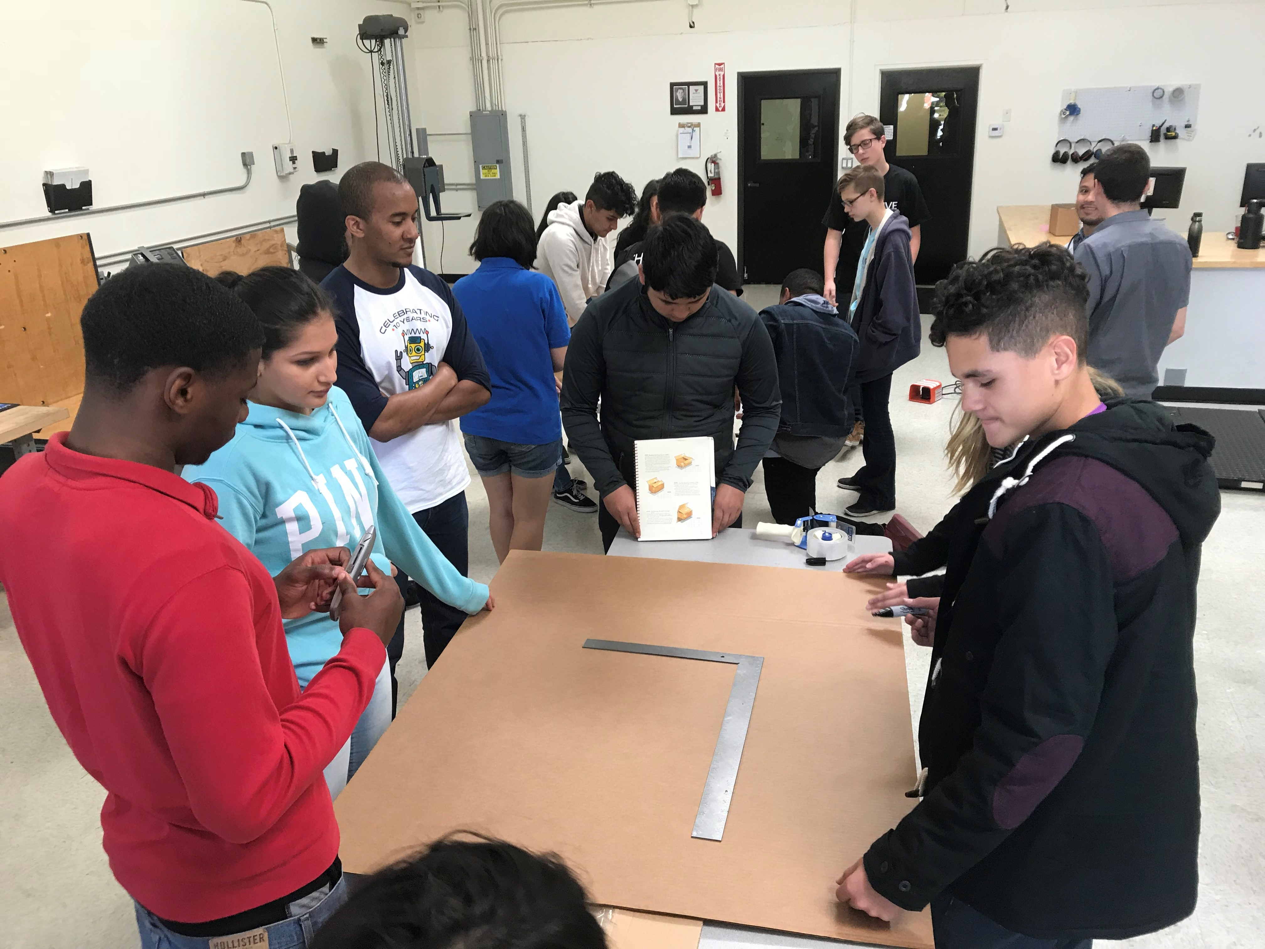 Springing into 2018! San Jose Lab Hosts Student Tours Featured Image
